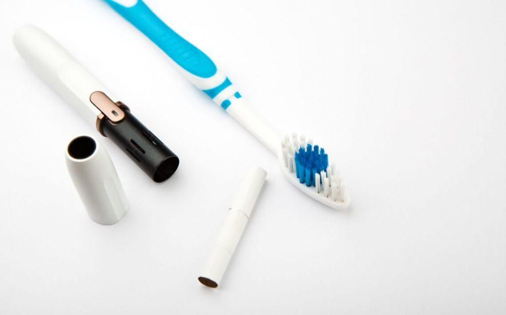 Cigarrillo electrónico dientes